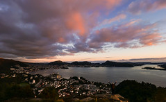 Bergen, Norway (Torjan Haaland) Tags: bergen norway city view overview landscape norge utsikt solnedgang sunset clouds colours colors zd 714mm lumix panasonic olympus