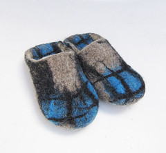 Hand felted slippers (43) (smoothmetaldesign) Tags: handmade felting felt felted slippers home shoes natural
