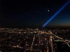 La ville sous mes pieds (laura.bastelli) Tags: toureiffel vista alto notte panorama torre paris september amazing view
