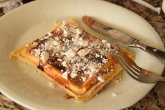 Waffles (delfibl) Tags: dessert sweet caramel dulce de leche merengue chocolate afternoon nikon delicious foodporn food