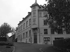 Teater Aftonstjrnan p Gjutaregatan i Lindholmen i Gteborg 2016 (biketommy999) Tags: lindholmen gteborg sverige sweden 2016 biketommy biketommy999 svartvitt blackandwhite teater