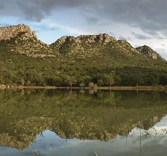 kong en el preson de buenavista (luisrobertolozanohaller) Tags: king kong reflejo lago montaas matachi buenavista espejo naturaleza bosque chihuahua momento tranquilidad
