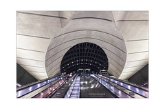 Canary Wharf , London (Sylvia Kahler) Tags: canarywharf underground london metro tube architecture architektur escalator rolltreppe