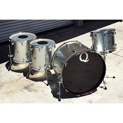 I know we've posted many photos of our galvanized steel drum sets but it's for good reason. These were the first metal drum sets we started building and have always been a huge favorite. They sound enormous yet are controlled enough to be incredibly versa