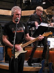 Sid McGinnis & Will Lee at the last Late Show with David Letterman rehearsal (rds323) Tags: lateshow cbs willlee davidletterman lateshowwithdavidletterman thelateshow cbsorchestra worldsmostdangerousband sidmcginnis