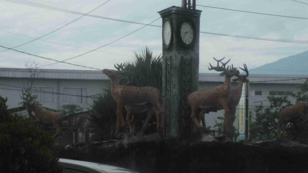 Patung kijang di simpang Yasmin