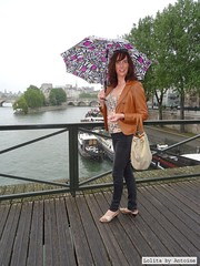 Rainy day / Jour de pluie (french_lolita) Tags: brown black leather top jacket multicolored pant