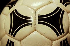 TANGO DURLAST FIFA WORLD CUP ARGENTINA 1978 ADIDAS OFFICIAL MATCH BALL 13 (ykyeco) Tags: world cup argentina ball football official fussball top fifa soccer ballon tango match 1978 bola adidas pelota palla balon pallone pilka  omb  matchball spielball durlast