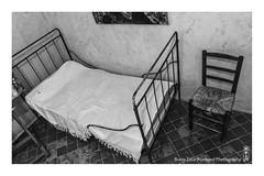 vincent (alamond) Tags: bw france art monochrome hospital bed chair artist room vincent cell painter 7d l usm provence arles vangogh ef f4 1740 mkii markii brane stremy llens postimpressionism alamond zalar