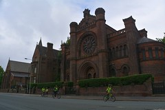 Riders going along Princes Rd past the Synagogue (James O'Hanlon) Tags: skyride sky ride liverpool 2016 skyrideliverpool