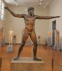 The archeological museums of Athens (salvatore zizi) Tags: athen athina athenai grecia arceholical greece grecian museo museum archeologico old collections collezioni antiche historic historical ancient salvatore zizi zeus poseidone poseidon bronze bronzo cronide di capo artemisio atlethe