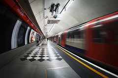 Holborn Station (www.javierayala-photography.com) Tags: london londres england inglaterra fisheye underground tube holborn