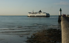 Calais Seaways (jptaverne) Tags: calaisseaways dfds transmanche ferry carferry bateau