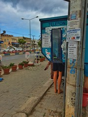 The phone booth (Wanaku) Tags: zdere