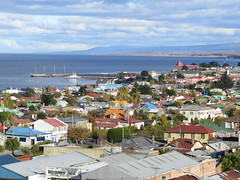 "Punta Arenas <a style=""margin-left:10px; font-size:0.8em;"" href=""http://www.flickr.com/photos/83080376@N03/17138150368/"" target=""_blank"">@flickr</a>"