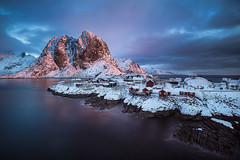 sunrise in Hamnoy (tofercu) Tags: colors sunrise landscape amanecer noruega lofoten llums febrer 2015 hamnoy surtelsol tonifernandez tofercu canon5dmarkiii primeresllums