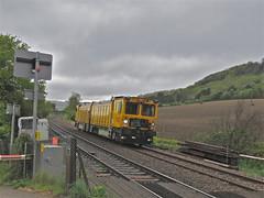 Yellow Boxes (Deepgreen2009) Tags: yellow train diesel engineering railway surrey boxes brockham networkrail
