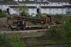 92546 Northampton 300414 (Dan86401) Tags: stone wagon northampton sdt 92 freight lafarge kja aggregates castleyard 92546 selfdischargetrain redlandaggregates 6b30 conveyorwagon standardwagon reda92546