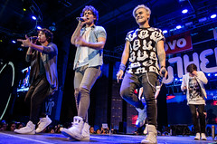 Urband 50792 (Mr. Adriian) Tags: wtc concertphotography lenovo 2016 cdmx youtubers youthering