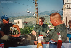 1992 UNIFIL - Gathering at 4-26 HQ (Normann Photography) Tags: lebanon unitednations 1992 peacecorps lb peacekeepers 426 nabatieh unifil compactfilmcamera unitednationsinterimforceinlebanon fntjeneste kaoukaba unservice kontigent29
