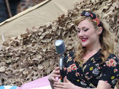Hotsie Totsie's at Temple at War Show 2016 (WillzUK) Tags: show female temple war military singers reenactment 40s hotsietotsies templeatwar