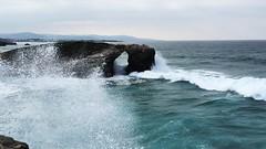 Playa de las Catedrales - Olas (Tuscasasrurales) Tags: oleaje lugo ribadeo playadelascatedrales