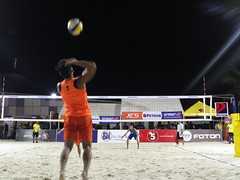 beach volleyball (DOLCEVITALUX) Tags: game sports ball team play outdoor philippines beachvolleyball moa volleyball mallofasia