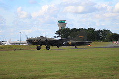 B-17 Sally B 124485 (matty10120) Tags: show travel b plane air transport sally airshow helicopter event international 2016 farnborugh
