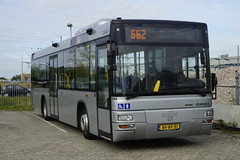 MAN Lion's City A78 van Driel 346 (ex qbuzz1100 / ex Conexxion 3149) met kenteken BV-RF-51 (Bouwjaar 2009) in Oss 08-10-2016 (marcelwijers) Tags: man lions city a78 van driel 346 ex qbuzz1100 conexxion 3149 met kenteken bvrf51 bouwjaar 2009 oss 08102016 lijnbus streekbus bus buses coach autobus linienbus pnv niederlande nederland netherlands noord brabant