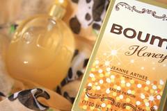JEANNE ARTHES - BOUM HONEY (chimidoro) Tags: uk perfume honey glittery scent shimmering fragrance  boum 100ml chimidoro  roxannekirigoe jeannearthes  pandascarf  roxannekirigoe shikijitsu