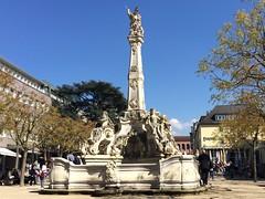 TRVES (Allemagne) (Cruisy57) Tags: architecture eau monuments fontaine allemagne rues ballade trier btiments trves