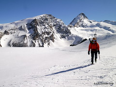 Day 5: A short stint to the Italian side of the Alps. (Erik.G.) Tags: zermatt chamonix skitouring skitour hauteroute valsorey plateauducouloir