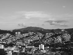 otra vista 2 (danmarinc) Tags: ciudad city favela caracas citylife moments