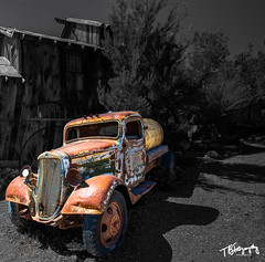 The Old Tanker (yeahbouyee) Tags: truck rust old ruin classic nelson nevada yeahbouyee tanker