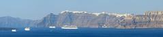 Panoramica de Santorini (Travel around Spain) Tags: santorini grecia barcos acantilados mar mediterraneo panormica