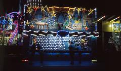Balloon game (greendarkroom) Tags: agfact diafilm greendarkroom munichatnight mnchen oktoberfest scans wiesn2016 lights bokeh fair people sunset light black blue munich cultur germany night