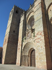 West portal, Sigüenza Cathedral, Spain (Paul McClure DC) Tags: españa architecture spain cathedral historic castillalamancha castile sigüenza june2014