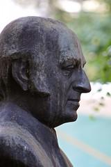 Sarajevo (tm-tm) Tags: statue europe bosnia statuary v10 bosna bosniaandherzegovina sarjevo bosnaihercegovina