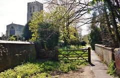 Church path (dlanor smada) Tags: churches gates paths thame oxon oxfordshire
