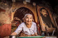 100 years old lady (Maria Dashkevich) Tags: india fort gujarat junagarh indianarchitecture junagarhfort incredibleindia indiastreets uparkotfort uperkot uperkotfort