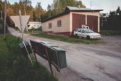 (Niko Saarinen) Tags: sunset summer ford car finland fujifilm parked suburb trashed mondeo kouvola xe2 classicchrome visitfinland soloparking fujinon18mm visitkouvola
