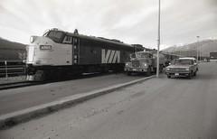VIA Rail FP9 6309 at Jasper (kenyoung3) Tags: viarail viarailcanada supercontinental fp9 diesel locomotive emd funit fueltruck