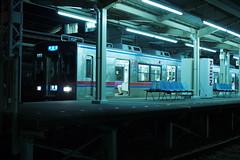 P7250050 (Tomohiro Tsuta) Tags: night station olympus f18 japan railroad train