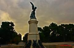 El Ángel Caído. El Retiro. Madrid (Carlos Viñas-Valle) Tags: escultura retiro angelcaido querol