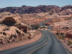 Winding road in Valley of Fire State Park