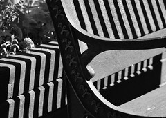 Schatten-Bank (deta k) Tags: bw bench shadows stripes bank sw schatten macromondays nikond5100