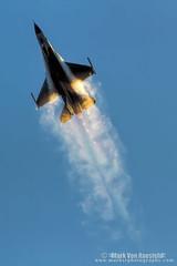 Vaporfest (mvonraesfeld) Tags: plane fighter aircraft aviation military jet f16 usaf afterburner img5458