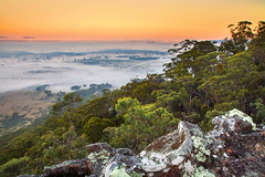 Overlooking Hartley On A Misty Morning || MT VICTORIA || BLUE MOUNTAINS (rhyspope) Tags: new blue sunset mist pope mountains tree weather fog wales clouds forest sunrise canon woods mt view south australia victoria lookout mount nsw vista 5d aussie rhys hartley mkii rhyspope
