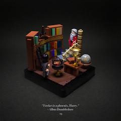 019 - Fawkes (roΙΙi) Tags: harrypotter dumbledore office interior chamberofsecrets phoenix fawkes bookshelves furniture hogwarts rowling bricks magic vignette