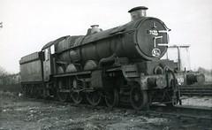 img131 (OldRailPics) Tags: castle british railways oswestry 7033 hartlebury